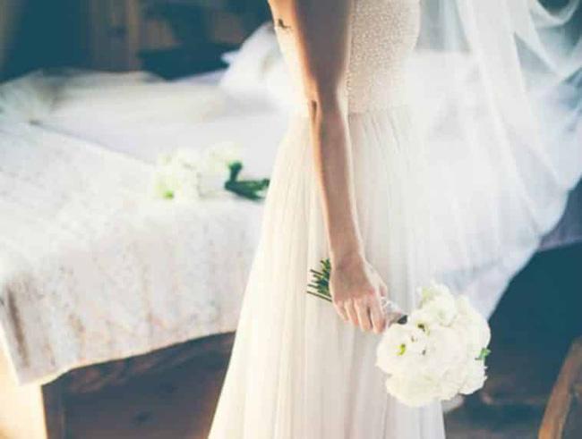 Đêm tân hôn tréo ngoe, cô dâu nhút nhát phải nhập viện vì quá sốc