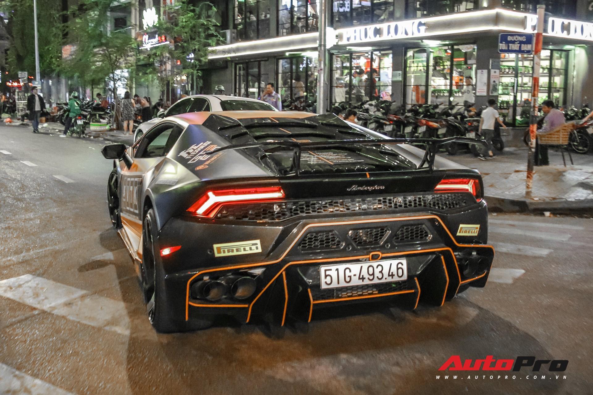 Từ hồng phấn điệu đà, đại gia Bạc Liêu lên màu áo mới cực hầm hố cho Lamborghini Huracan độc nhất Việt Nam