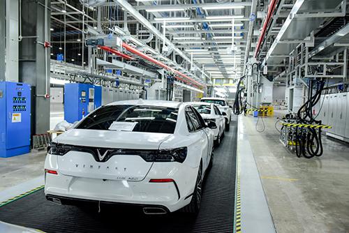 VinFast bắt đầu đưa 155 xe đi khắp thế giới để thử nghiệm