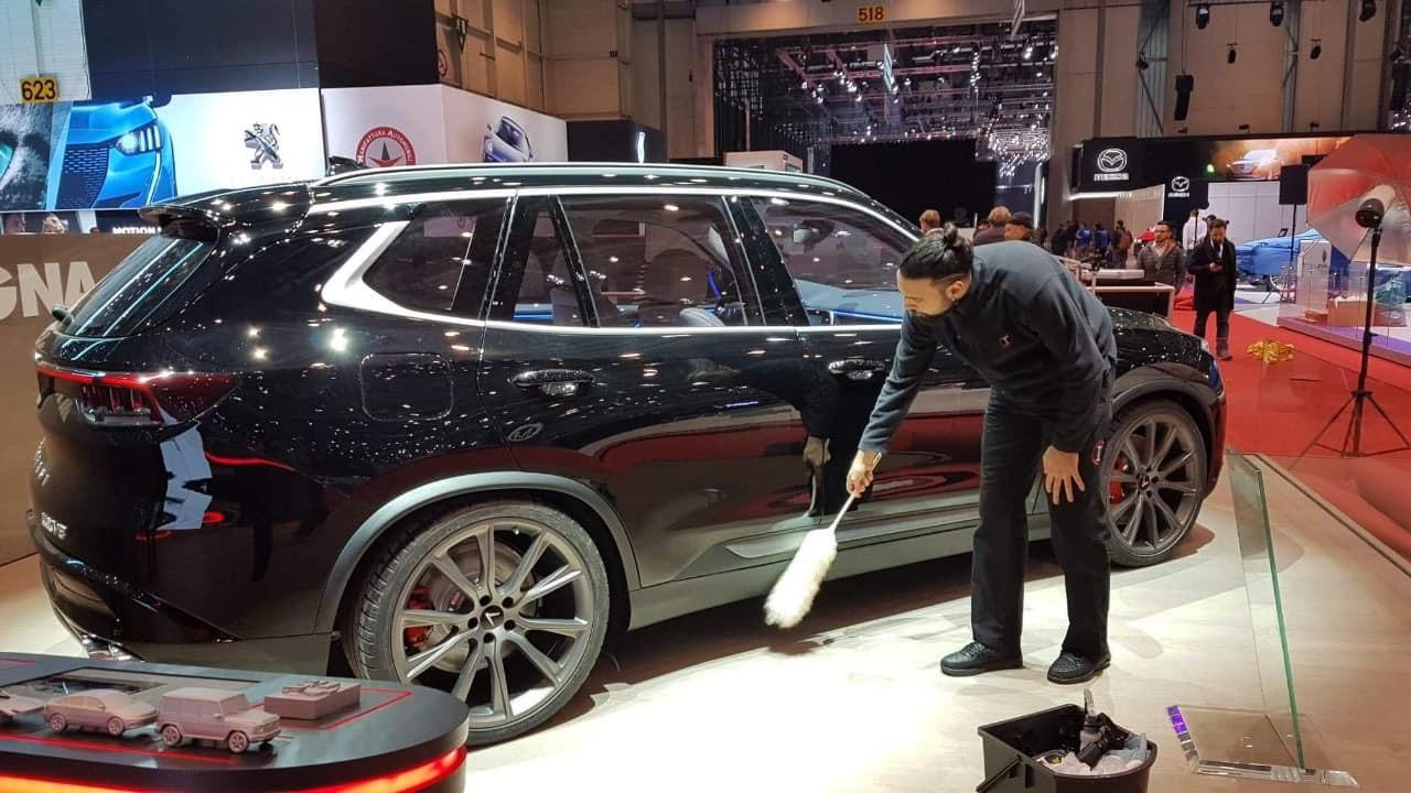 Lộ ảnh SUV VinFast tại Geneva Motor Show 2019 với tên V8 và thiết kế mới