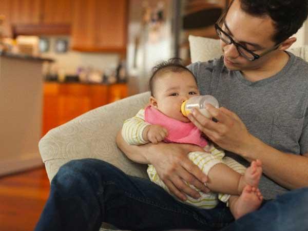 Con trai mới 3 tháng tuổi đã nhiễm bệnh hoa liễu, tôi chết điếng khi nhận kết quả thông báo và lời thú tội của chồng