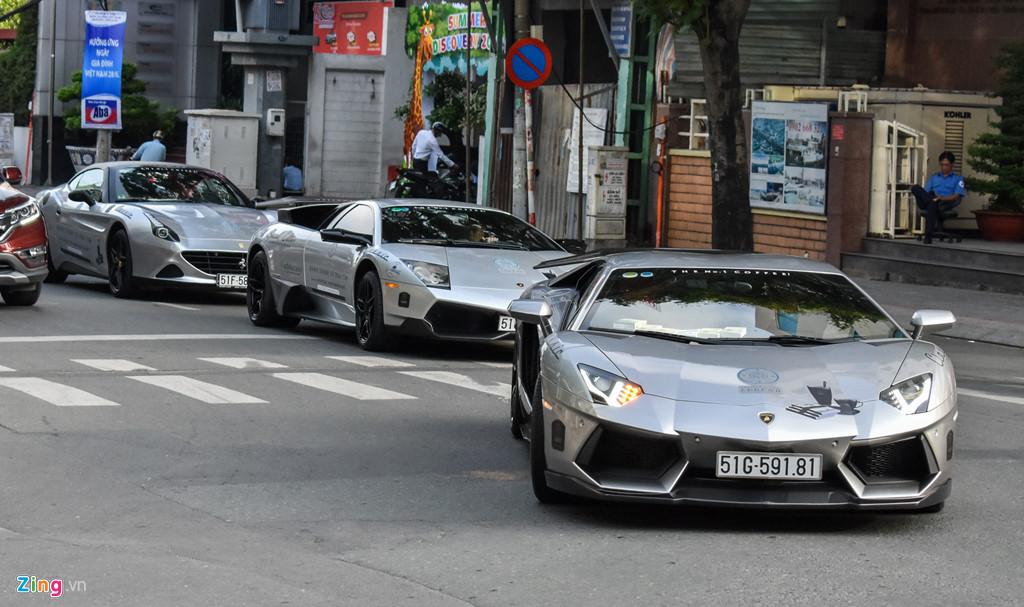 Tiền nhiều, ông Đặng Lê Nguyên Vũ sắm những siêu xe gì?