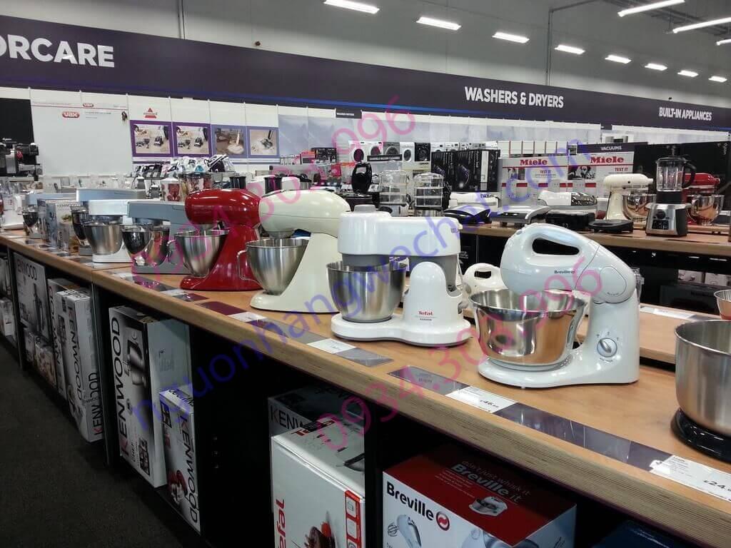 Các siêu thị lớn cũng cung cấp nhiều mặt hàng gia dụng phổ biến